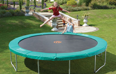 A truly impressive trampoline, ideal for the bigger garden!
