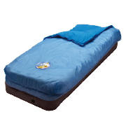 This Tesco Urban Racers junior quick bed is ideal for sleepovers or camping holidays. The air bed in