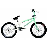 FOUR SEASONS 2007 BMX BIKE -