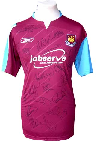 Ham United and#8211; Fully signed 2007 home shirt